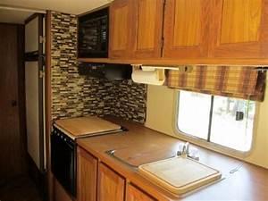 les 25 meilleures idees de la categorie salle de bains With carrelage adhesif salle de bain avec led pour camping car