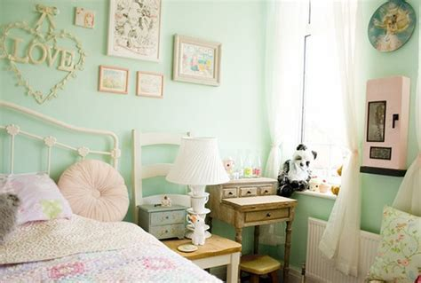 Colorful Bedroom Ideas For Your Kawaii Bedroom! Heart