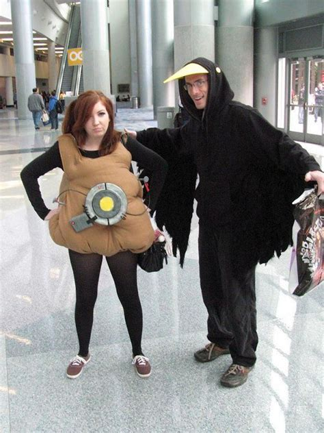 Awesome Portal 2 Glados Potato And Crow Cosplay Cosplay