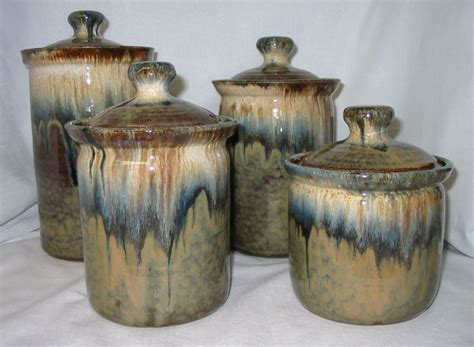 Pottery Canisters Kitchen by 7 Best Kitchen Canisters Images On Kitchen