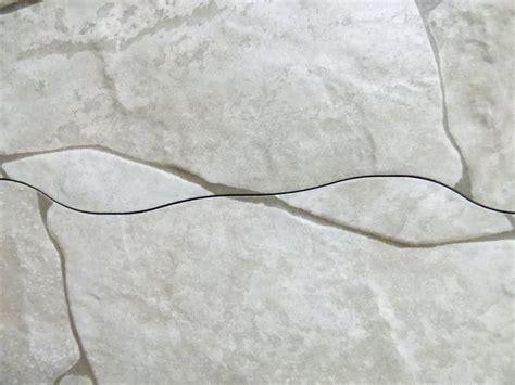 pavimenti in offerta offerta pavimento chiaro effetto pietra viva a prezzo basso
