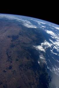 NASA astronaut tweets amazing photos of Earth from space ...
