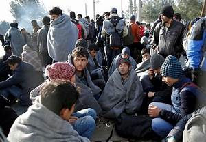 Greek police remove migrants from Macedonian border as ...