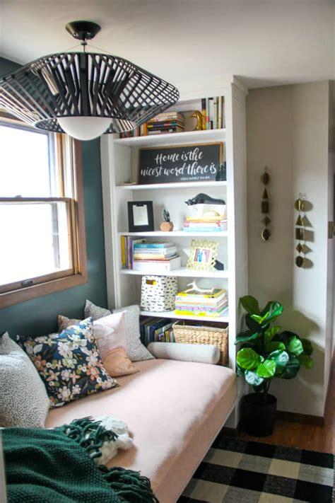 reading nook  built  bookshelves
