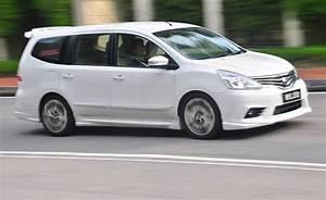 Nissan Grand Livina 1 8 At
