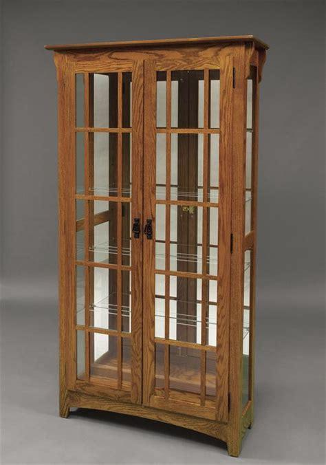 Pulaski Keepsakes Corner Curio Cabinet by 1 188 Amish Curio Cabinets Amish Mission Double Door