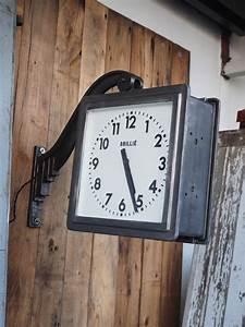 Horloge De Gare : potence horloge de gare brilli lumineuse double face ~ Teatrodelosmanantiales.com Idées de Décoration