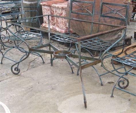 table de salon de jardin en fer forge salon de jardin mosaique et fer forge qaland