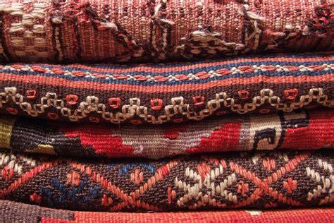 foto persiani come riconoscere un buon tappeto persiano style 24