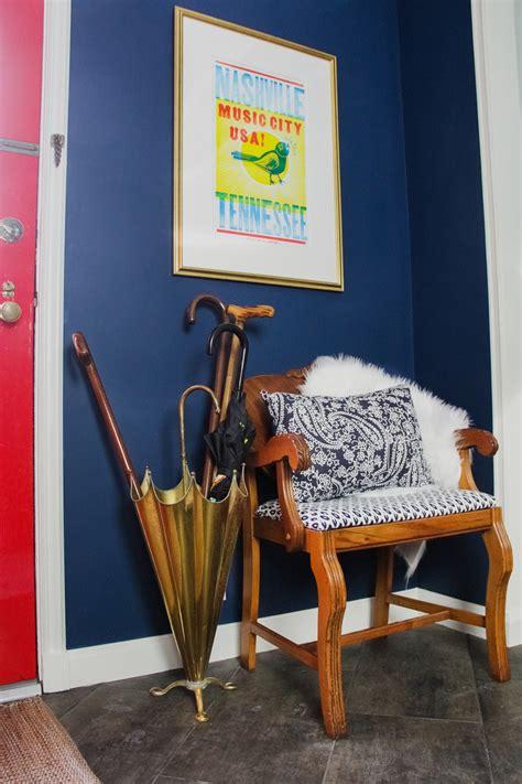blue  red entrance painted  benjamin moore washington