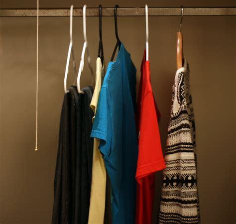 declutter  wardrobe tips  simplifying