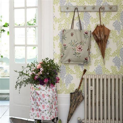 home decor shabby chic style finds home in the style of shabby chic ideas for home garden bedroom kitchen homeideasmag