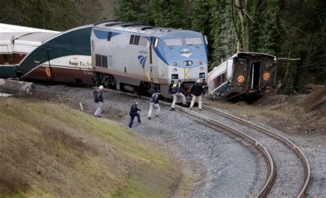 Devastating Photos Of The Amtrak Derailment Outside