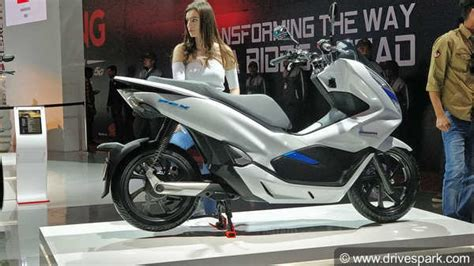 Pcx 2018 Detail by Auto Expo 2018 Honda Pcx Electric Concept Showcased
