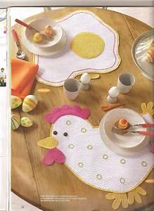Set De Table Au Crochet : le set de table au crochet l 39 oeuf et hen 1 toutes les grilles gratuites point ~ Melissatoandfro.com Idées de Décoration