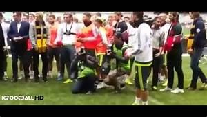 Cristiano Ronaldo causó furor al patear un balón de fútbol ...