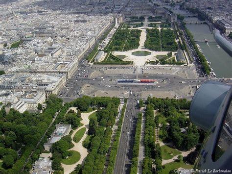 place de la concorde  jardins des tuileries decores