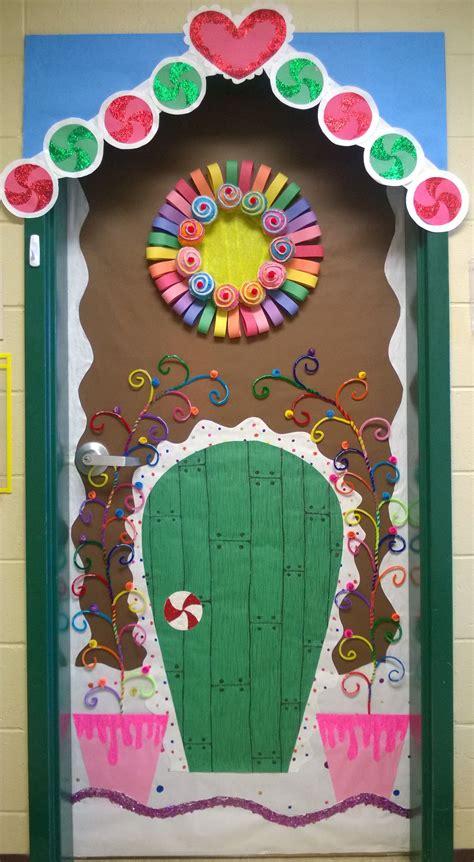 christmas school door decorating ideas gingerbread house door school decoracion puertas