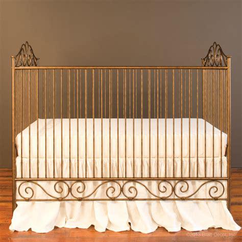bratt decor casablanca crib in gold