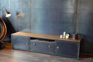 Meuble Acier Bois : meuble tv en bois et metal de style industriel micheli design ~ Teatrodelosmanantiales.com Idées de Décoration
