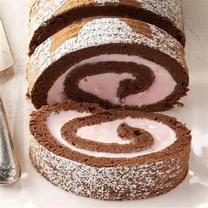 Chocolate & Peppermint Ice Cream Roll Recipe | Taste of Home