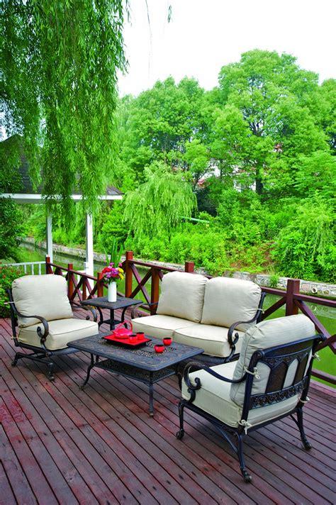 st moritz outdoor dining set