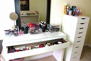 Miroir Maquillage Ikea : le meuble de rangement de maquillage organisez vos trucs ~ Teatrodelosmanantiales.com Idées de Décoration