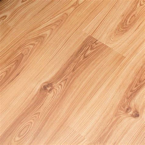 laminate flooring in canada canadian elm laminate flooring from wickes laminate flooring housetohome co uk