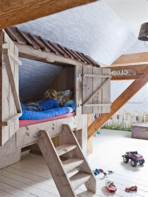 cabane dans une chambre le plus beau lit cabane pour votre enfant