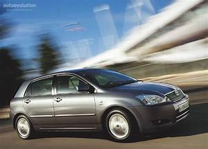 Toyota Corolla 2002 : toyota corolla 5 doors specs photos 2002 2003 2004 autoevolution ~ Medecine-chirurgie-esthetiques.com Avis de Voitures
