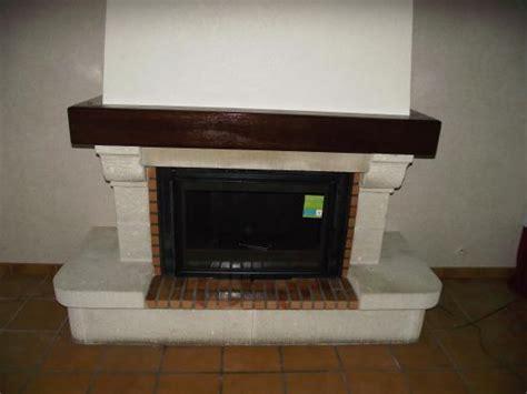 insert cuisine cheminee avec insert fonte flamme