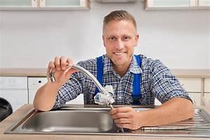 Wasserhahn Austauschen Küche : den wasserhahn der k chensp le auswechseln so geht 39 s ~ Lizthompson.info Haus und Dekorationen
