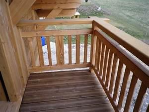 Garde Corps Exterieur Bois : balustrade balcon bois ~ Dailycaller-alerts.com Idées de Décoration