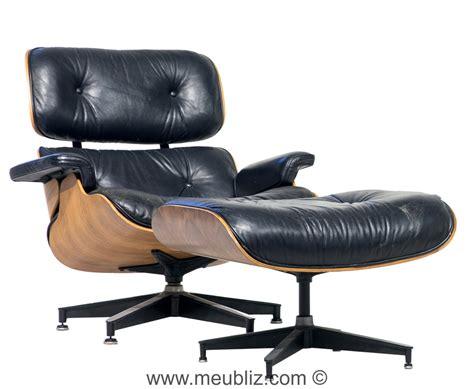 fauteuils charles eames fauteuil quot lounge chair quot et quot ottoman quot n 176 670 et n 176 671 par