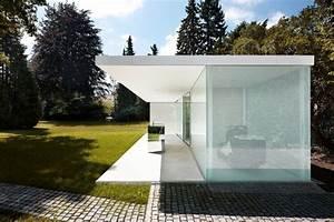 Garage Jullien : poolhouse philipp baumhauer archdaily ~ Gottalentnigeria.com Avis de Voitures