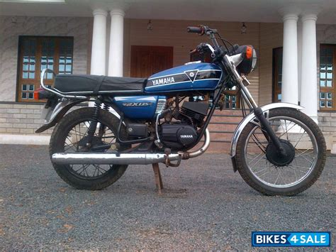 second yamaha rx 135 in bangalore bike is in condition battery indicators