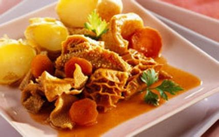 cuisiner les tripes recette tripes aux pommes de terre nouvelles 750g