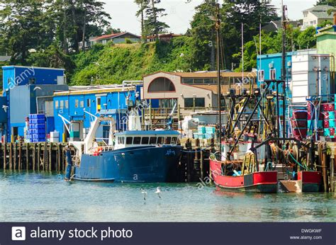 Free Boats Oregon by View Of The Waterfront With Fishing Boats In Newport