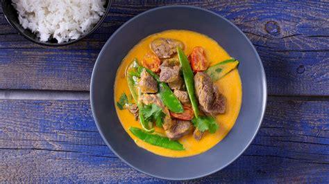 Sarkanais karijs ar liellopu gaļu - Recepte | Unilever Food Solutions