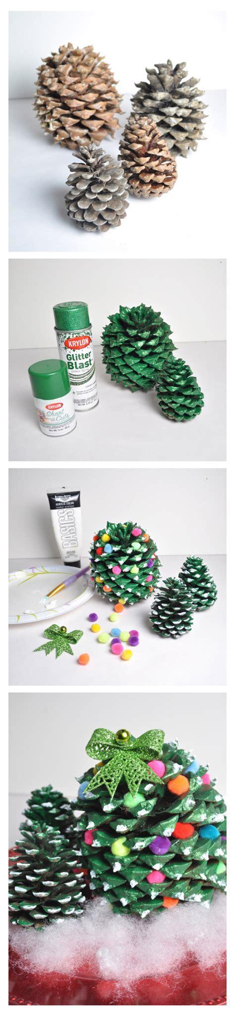 Make Holiday Festive Pine Cone Trees