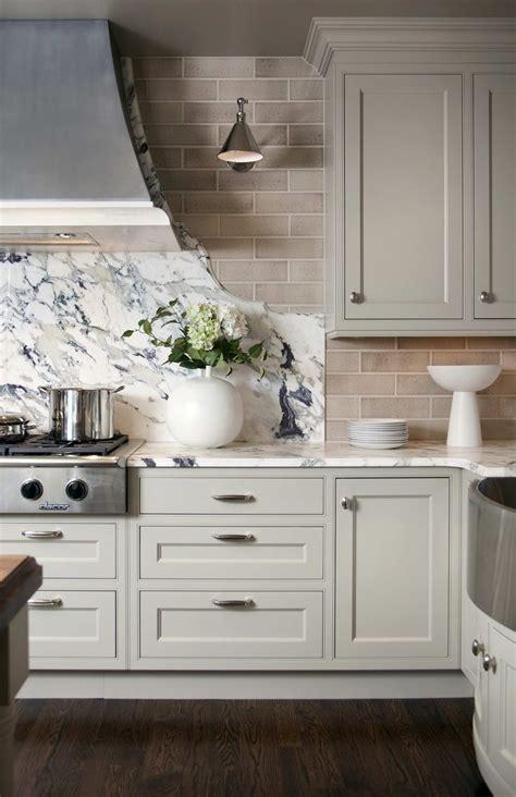 kitchen backsplash tile with white cabinets light grey kitchen cabinets subway tile backsplash