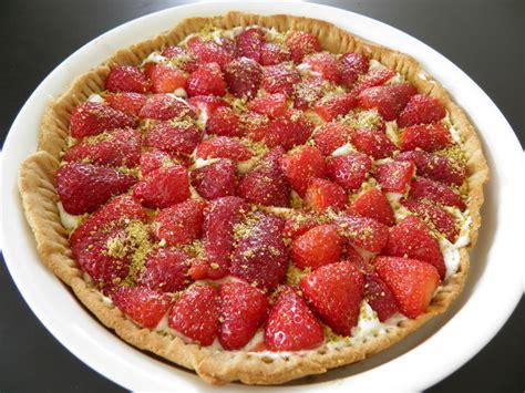 tarte fraises mascarpone p 226 te bris 233 e au miel friends co