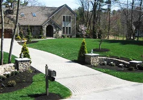 landscaping ideas for entrance driveway amazing driveway landscaping 8 country driveway entrance landscaping ideas newsonair org