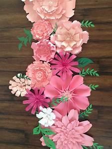 Papierblumen Selber Basteln : die besten 25 papierblumen basteln ideen auf pinterest papierblumen riesen papierblumen ~ Orissabook.com Haus und Dekorationen