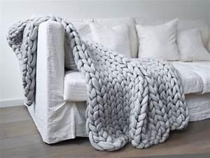Couverture Grosse Maille : plus de 25 id es uniques dans la cat gorie grosse laine sur pinterest tricot avec grosse laine ~ Teatrodelosmanantiales.com Idées de Décoration