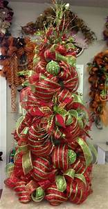 1000 ideas about Mesh Christmas Tree on Pinterest