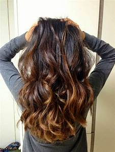 Balayage Cheveux Bouclés : 1001 variantes du balayage caramel pour sublimer votre ~ Dallasstarsshop.com Idées de Décoration