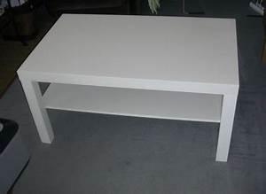 Table Basse Blanc Laqué Ikea : table basse ikea blanc ~ Teatrodelosmanantiales.com Idées de Décoration