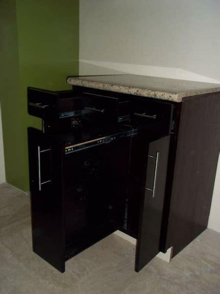 foto muebles disenados  detalle  cocina de lujo