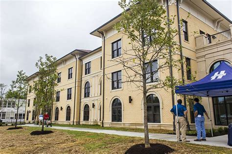 Aquinas College In Nashville Marks A Year Of Firsts With. Flight London To Los Angeles. Overhead Door Danbury Ct Stretch Forming Corp. Molecular Biology Training Mercedes S 65 Amg. Window Well Replacement Eagle Carpet Cleaning. New York City Event Planners. How To Solve Word Problems Step By Step. Business Loan Collateral Buy And Sell Jewelry. Sub Prime Mortgage Rates Lifeline Systems Inc